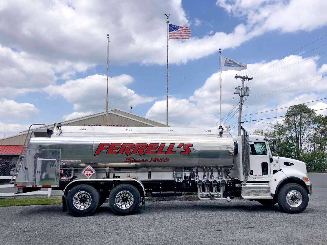 10 wheeler gasoline truck